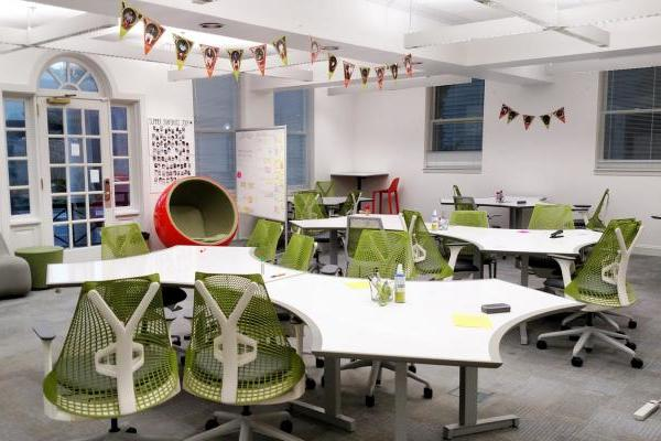 eHub room with green chairs